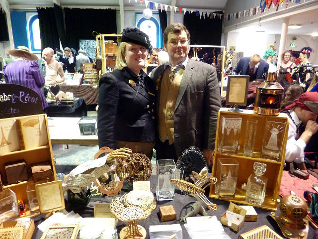 Rachel and Andy on the Atelier Fabry-Pérot stall at the Frome Steampunk Extravaganza